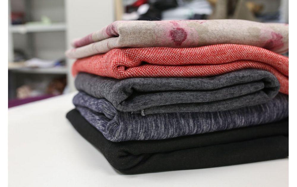 Шьем юбку: выбор ткани