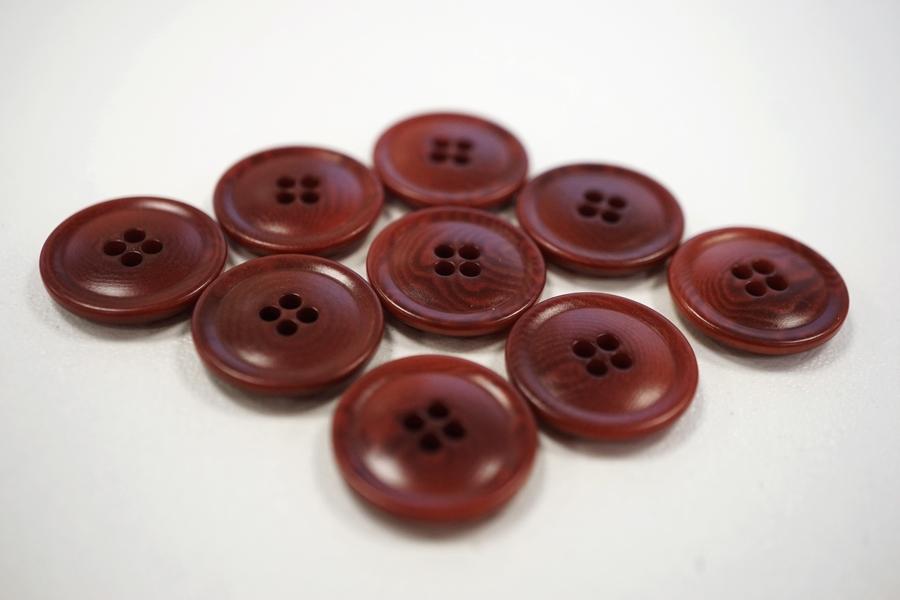 Пуговица костюмно-плательная пластик красно-коричневая 17 мм PRT-(F)- 08082079