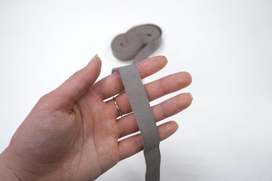 Лента репсовая серо-бежевая 1,5 см ALT Б26 05062034