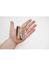 Пряжка пластик бежевая под рог 75х45 мм 21122015