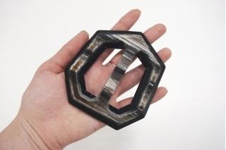 Пряжка пластик черно-серая 104х97 мм PRT-(R)- 01092020