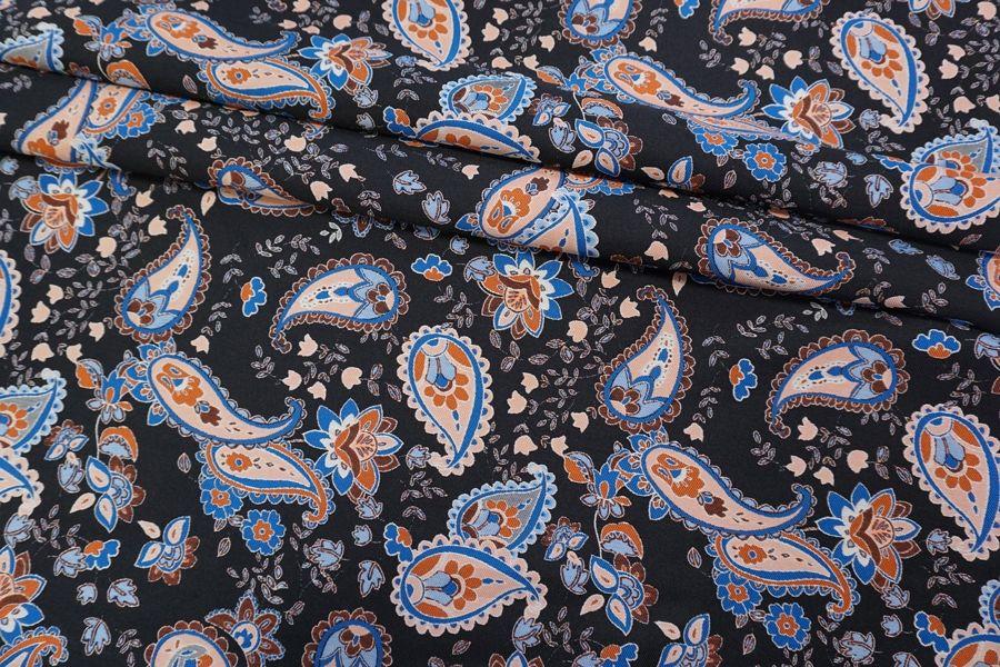 Жаккард огурцы на черном фоне LEO-N70 04092022