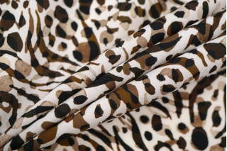 Штапель хищный коричнево-белый LEO-Z4 20102048