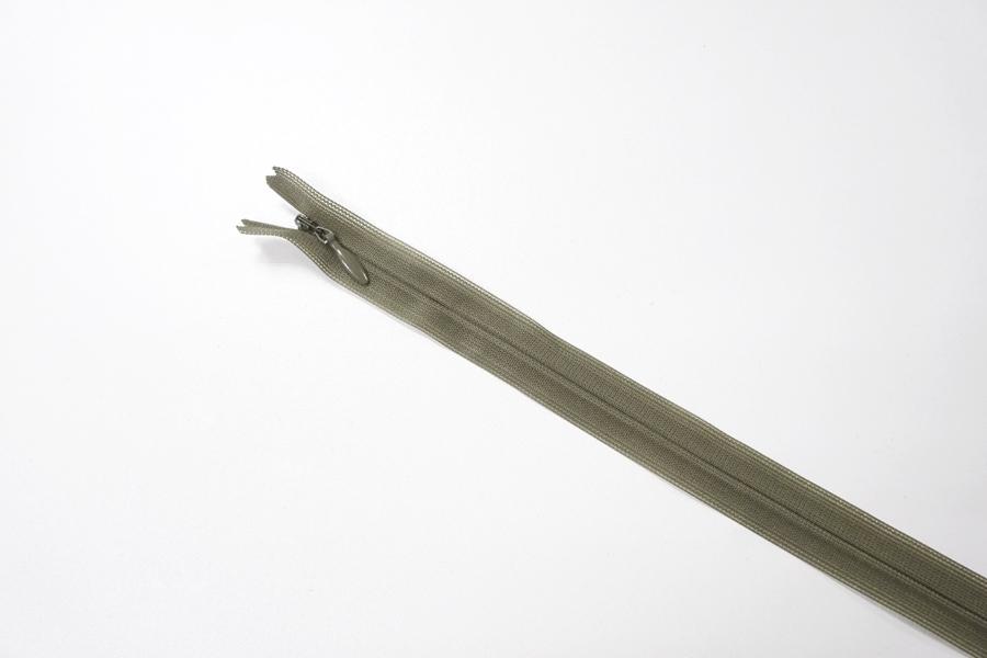 Молния хаки потайная 60 см YKK 03032139