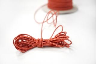 Резинка шляпная бело-красная 1,5 мм 13012139