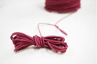 Резинка шляпная малиновая 1,5 мм 13012144