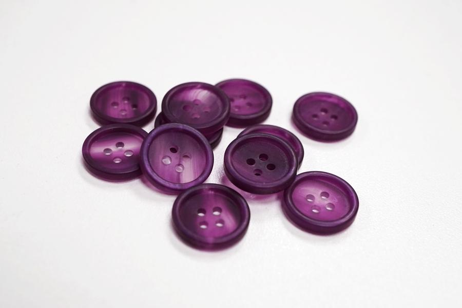 Пуговица  костюмно-плательная пластик перламутр фиолетовая 15 мм PRT-03032157
