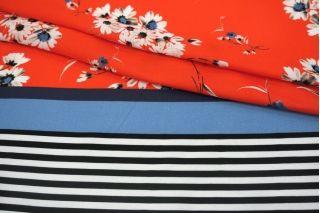 Сатин плательно-блузочный цветы на красном фоне каймовый MII-H50 04082107