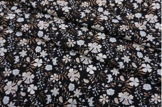 Штапель цветочки на черном фоне SMF-I60 24052180