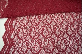 Кружево карминно-красное UAE1 070-O40 5121709