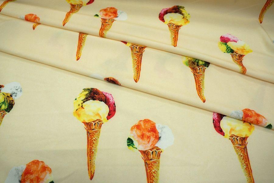 Креп-стрейч мороженое на молочном фоне UAE-H4  08011807