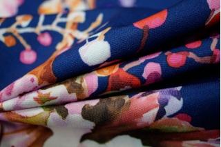 Костюмно-плательная ткань UAE-H6  08011808