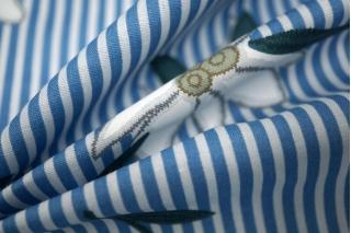 Хлопок цветы на полоске голубой UAE-B6 19011816