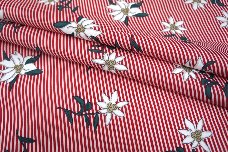 Хлопок цветы на полоске красной UAE-B6 19011818
