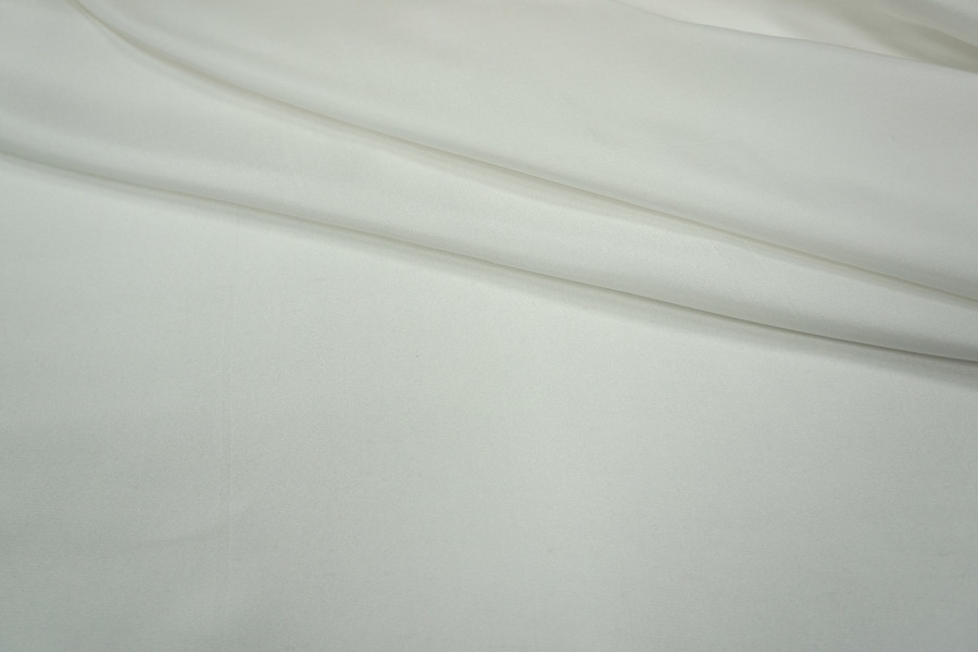 Шелковая диагональ белая LEO 25051818