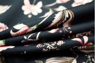 Хлопок-стрейч цветы на черном фоне LEO1-B4 01061808