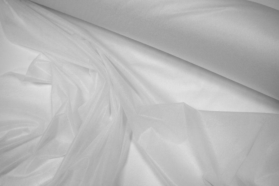 Флизелин точечный белый 29091703 WT Danelli F4P25