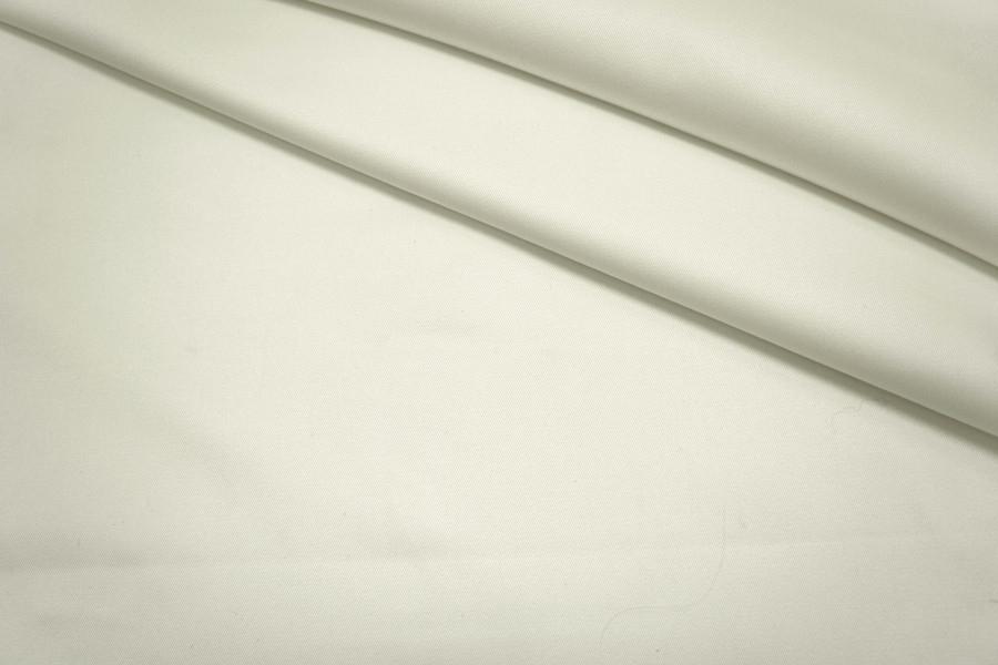 Джинс тонкий белый PRT 22041705