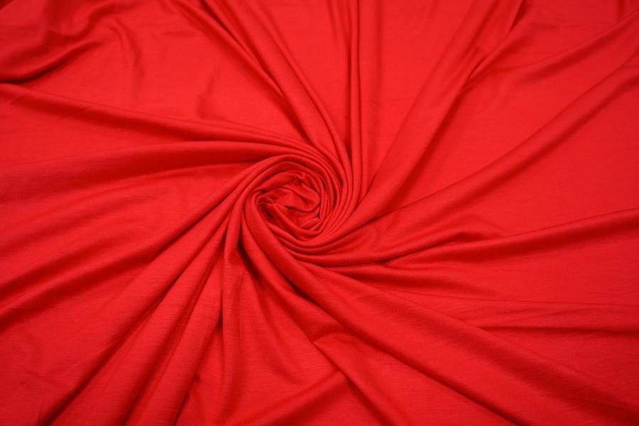 d45f9842a72f Трикотаж вискозный насыщенный красный UAE 27121724 - купить в ...