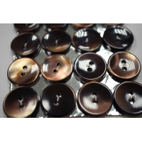 Пуговица перламутр коричневая 18 мм PRT 28121905