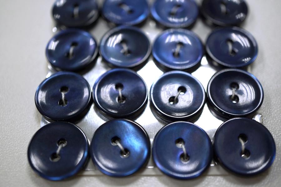 Пуговица перламутр синяя 14 мм PRT 28121921