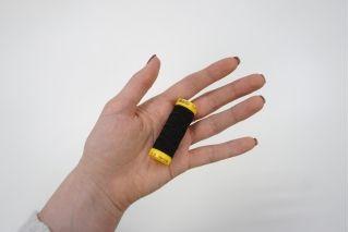 Нитка-резинка черная Amann Group Mettler 10 м 18022006